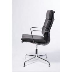 Office chair by Bauhaus designer Charles Eames-Alu-Group